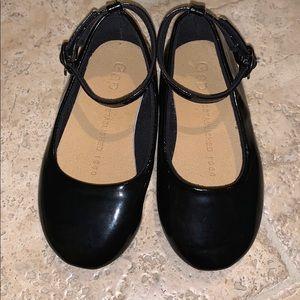 Baby gap size 6 patent black leather dress shoe